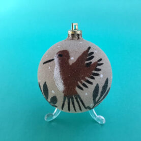 NAVAJO SAIND-PAINTED HUMMINGBIRD BALL - BROWN