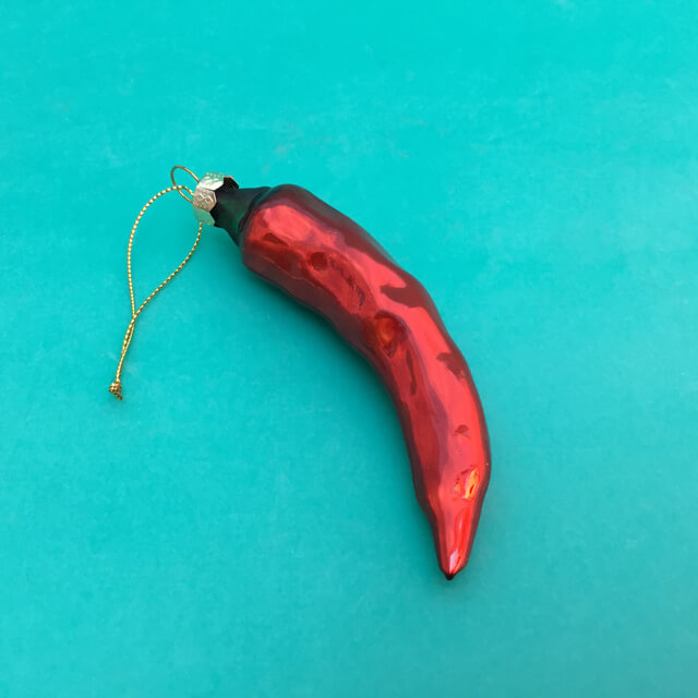 NEW RED CHILE PEPPER GLASS ORNAMENT