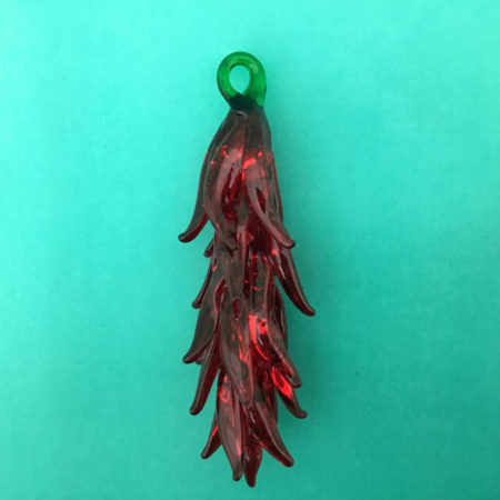 GLASS CHILE RISTRA ORNAMENT BY MARY ORTIZ