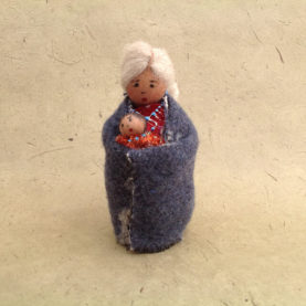 NAVAJO YARN GRANDMOTHER DOLL ORNAMENT BY SYLVIA BEGAYE