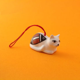 CROUCHING ACOMA CAT ORNAMENT BY PRISCILLA JIM