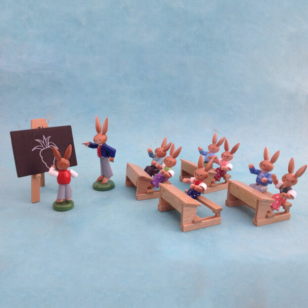 WOODEN BUNNY SCHOOL SET FROM THE ERZGEBIRGE