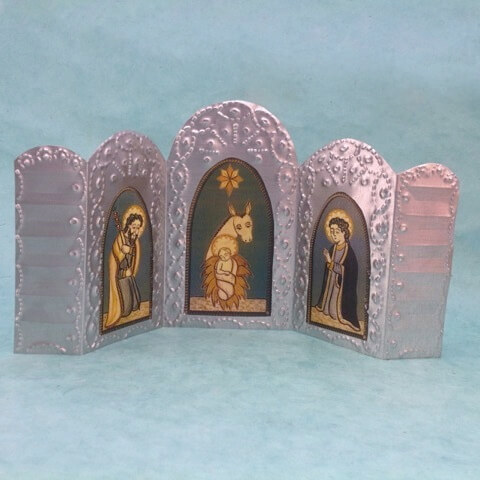 TIN NATIVITY TRIPTYCH BY NICOLAS MADRID (GREEN)