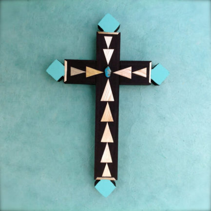 WHEAT STRAW APPLIQUE CROSS BY CARLTON GALLEGOS OF SANTA ANA PUEBLO (MED)