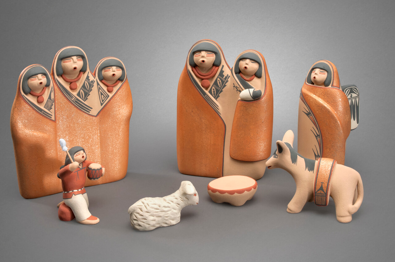 Maxine Toya Jemez Pottery Nativity