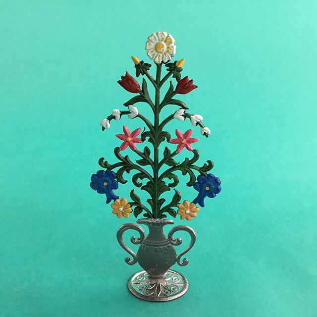 GERMAN PEWTER SMALL FLOWER BOUQUET IN A URN
